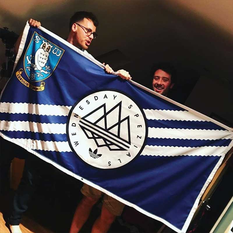 Personalised football banner: Sheffield Wednesday Spezial 6ft x 3ft, two lads holding